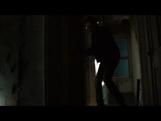 Видео называется: Шелуха / Husk (2011...